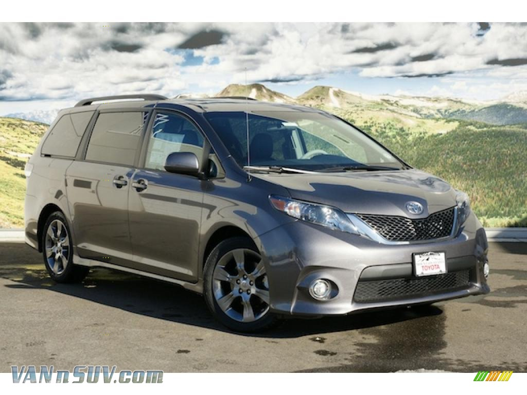 2011 toyota sienna se in predawn gray mica 119323. Black Bedroom Furniture Sets. Home Design Ideas