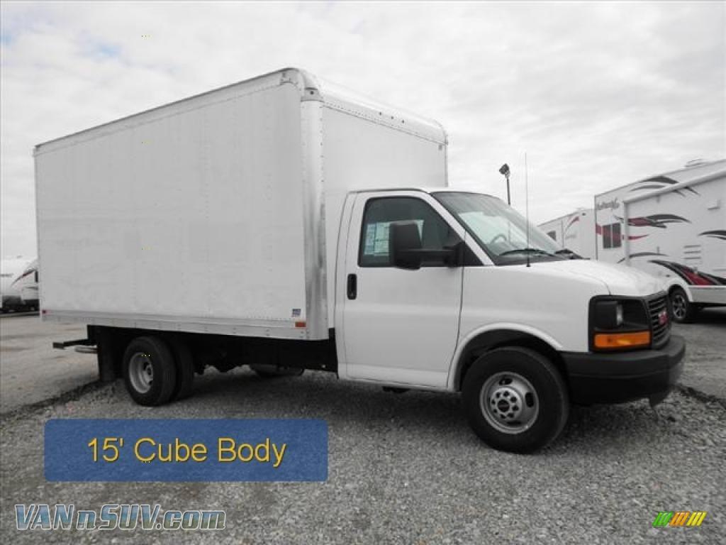 Summit white medium pewter gmc savana cutaway 3500 commercial moving truck