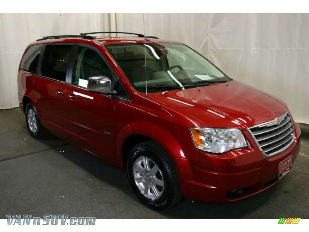 2008 chrysler town country touring in inferno red crystal pearlcoat 791188. Black Bedroom Furniture Sets. Home Design Ideas