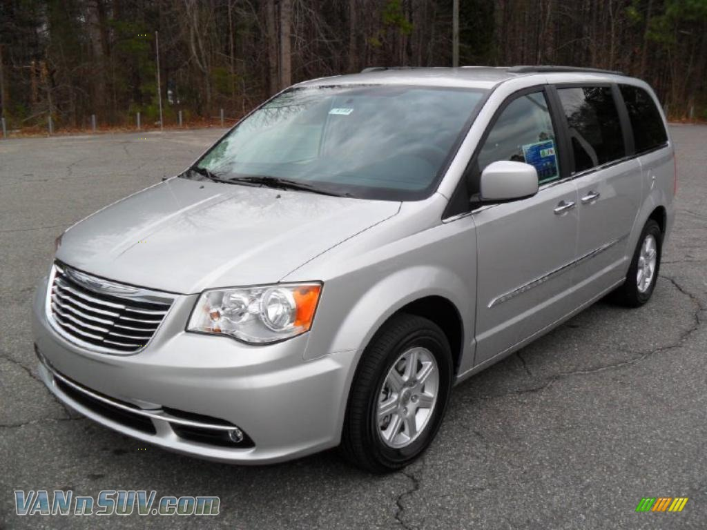 2011 chrysler town country touring in bright silver metallic 666535 vans and. Black Bedroom Furniture Sets. Home Design Ideas