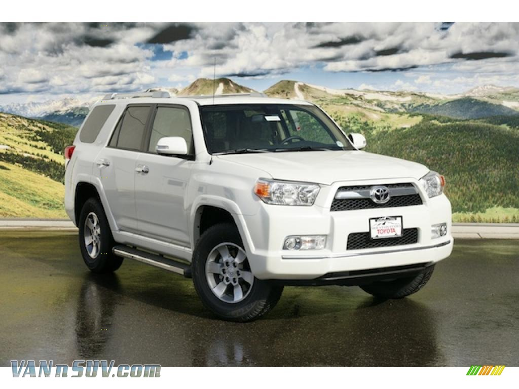 2011 toyota 4runner sr5 4x4 in blizzard white pearl 053912 vans and suvs for. Black Bedroom Furniture Sets. Home Design Ideas