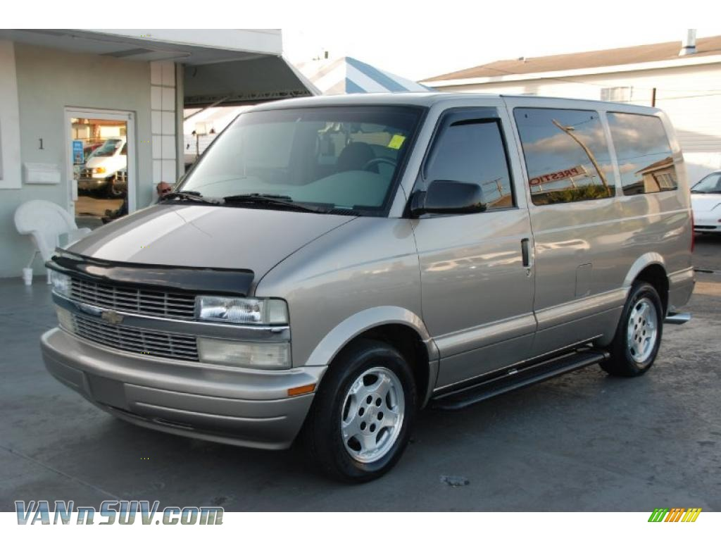 2005 chevrolet astro ls passenger van in light autumnwood. Black Bedroom Furniture Sets. Home Design Ideas