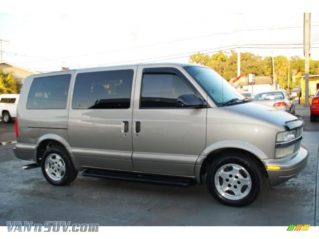 2005 chevrolet astro ls passenger van in light autumnwood metallic photo 6 114632 vannsuv. Black Bedroom Furniture Sets. Home Design Ideas