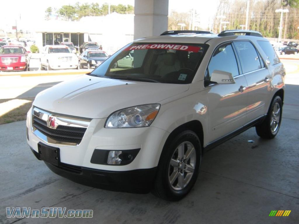 2007 Saturn Outlook Xr In White Diamond Tricoat 109504
