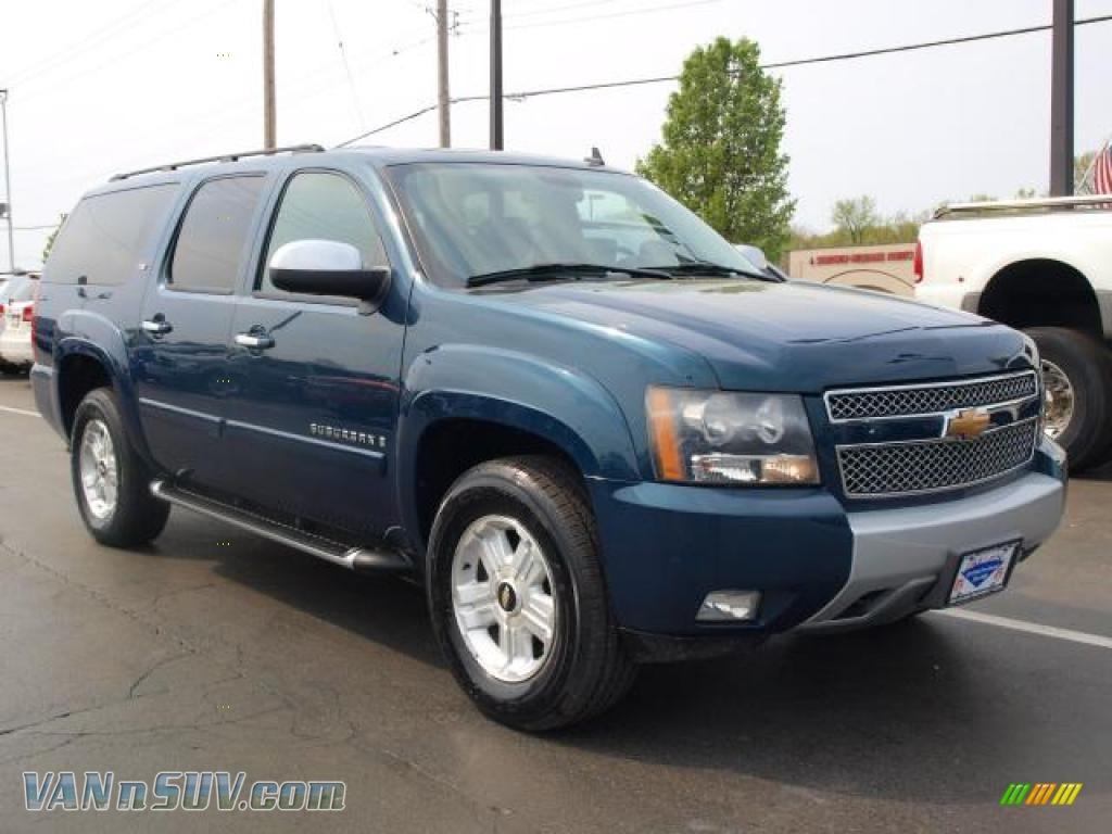 2007 Chevrolet Suburban LTZ Blue