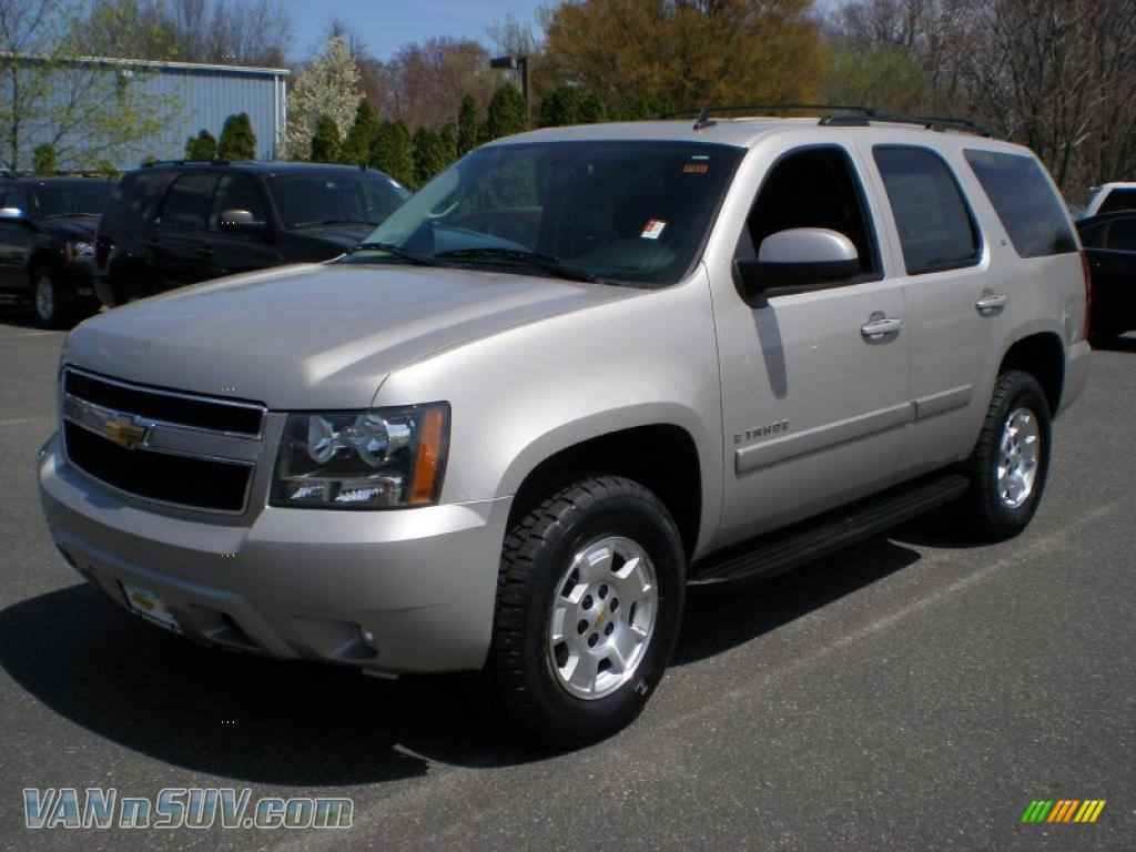 2009 chevrolet tahoe lt 4x4 in silver birch metallic 230572 vans and suvs for. Black Bedroom Furniture Sets. Home Design Ideas