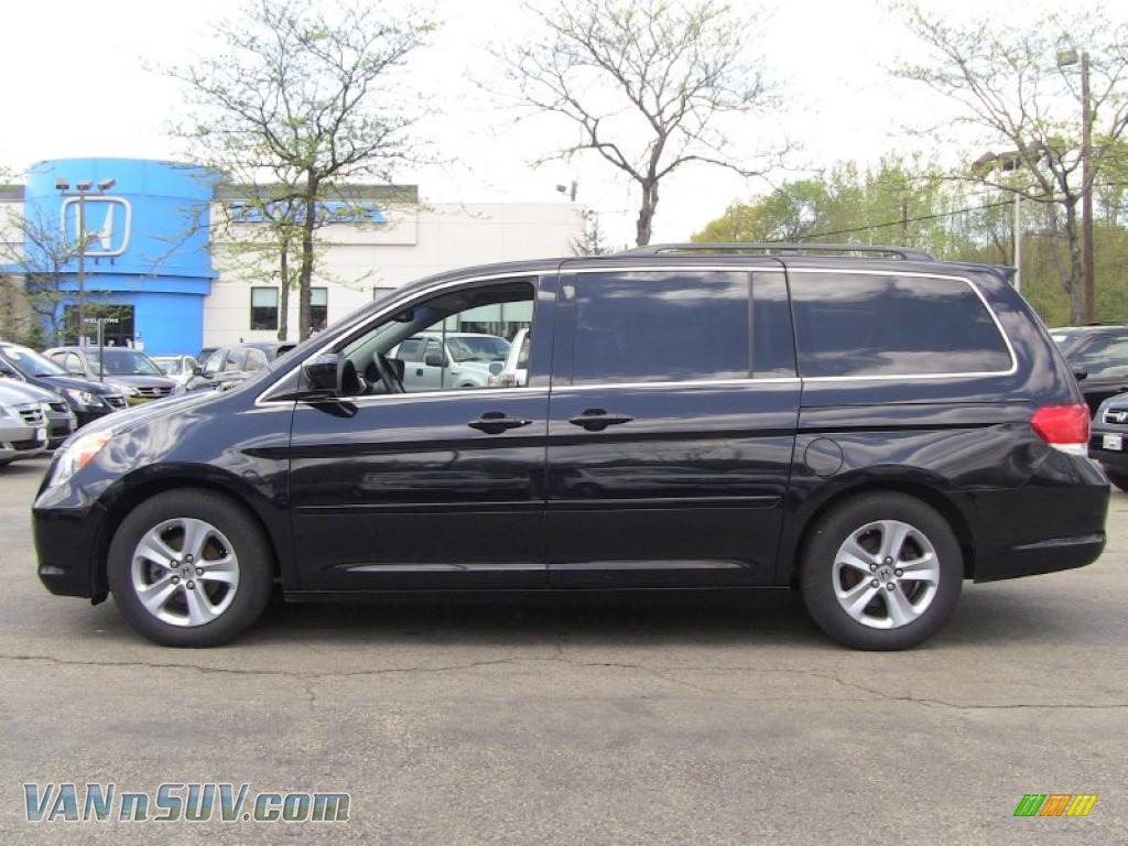 2008 Honda Odyssey Touring In Nighthawk Black Pearl