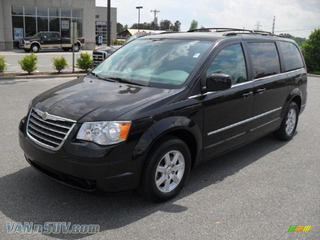 2010 chrysler town country touring in brilliant black. Black Bedroom Furniture Sets. Home Design Ideas