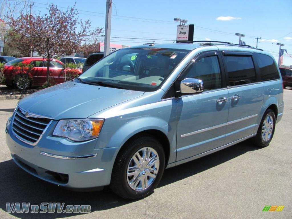 the gallery for chrysler town and country interior. Black Bedroom Furniture Sets. Home Design Ideas