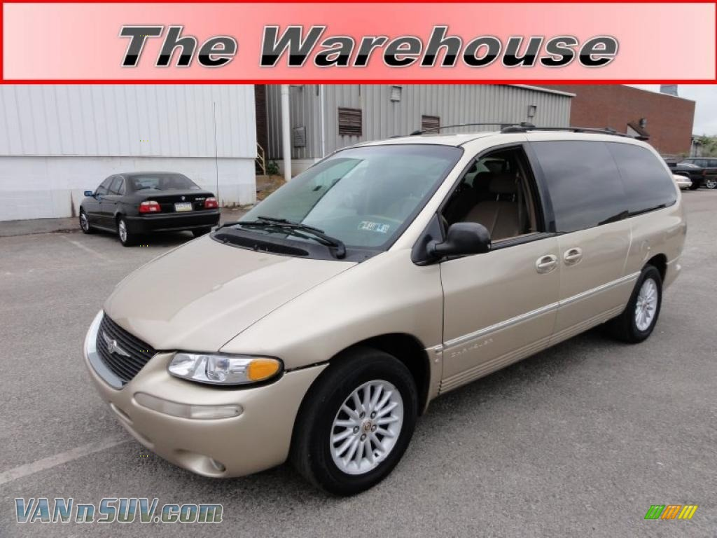 2000 chrysler town country lxi in champagne pearl. Black Bedroom Furniture Sets. Home Design Ideas