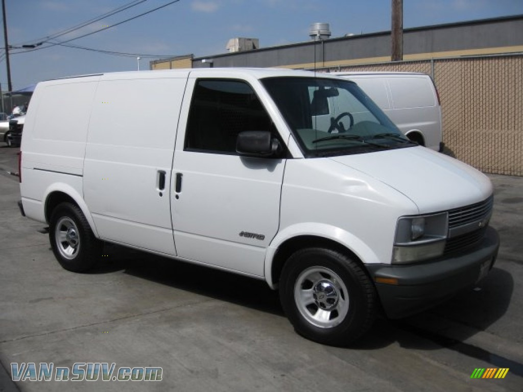 2001 chevrolet astro commercial van in ivory white photo 3 136549 vans and. Black Bedroom Furniture Sets. Home Design Ideas