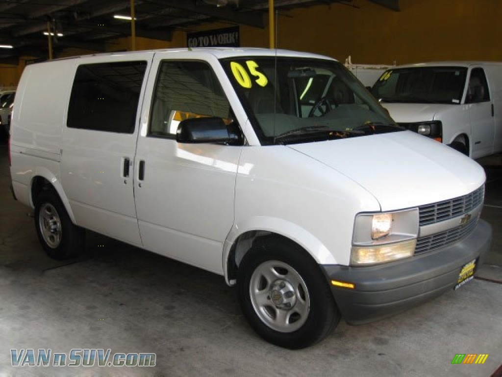 2005 chevrolet astro cargo van in summit white 127807 vans and suvs for sale. Black Bedroom Furniture Sets. Home Design Ideas