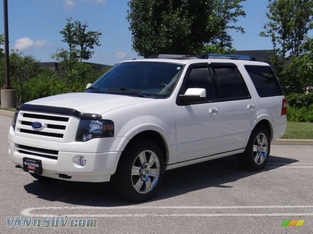 2010 ford expedition limited 4x4 in white platinum tri coat metallic b52212. Black Bedroom Furniture Sets. Home Design Ideas