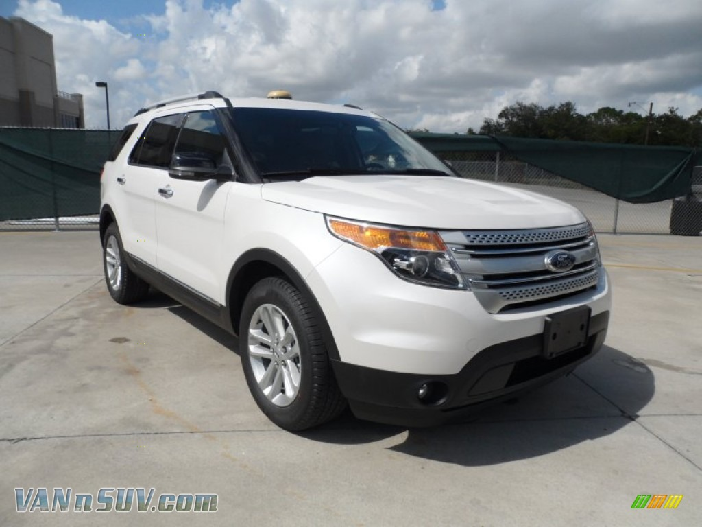2012 ford explorer xlt ecoboost in white platinum tri coat a36309 vans and. Black Bedroom Furniture Sets. Home Design Ideas