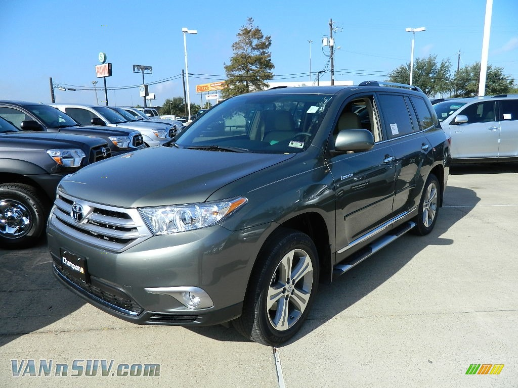 2012 Toyota Highlander Limited In Cypress Green Pearl