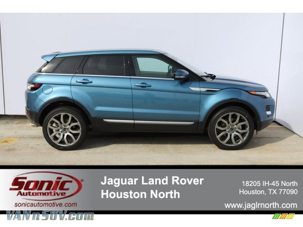 Mauritius Blue Metallic / Almond/Espresso Land Rover Range Rover Evoque  Prestige