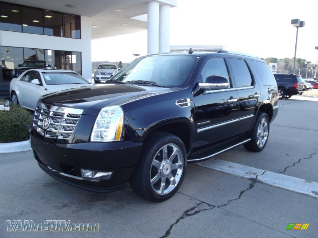 2012 cadillac escalade luxury in black raven photo 12. Black Bedroom Furniture Sets. Home Design Ideas