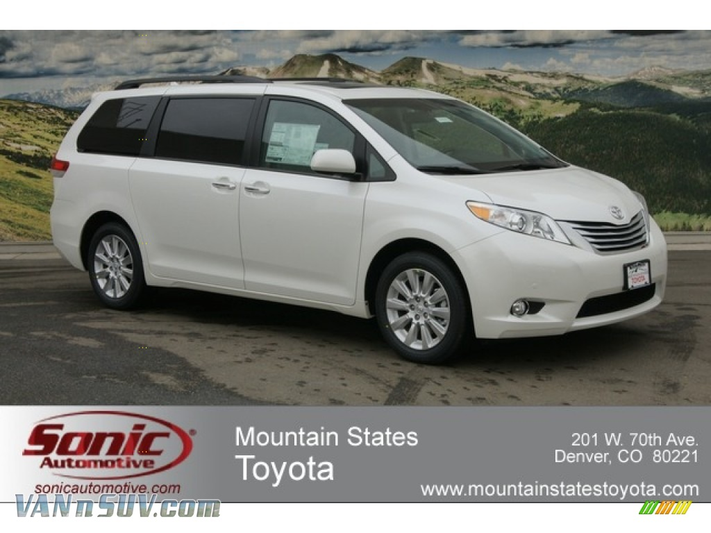Blizzard White Pearl / Light Gray Toyota Sienna Limited AWD