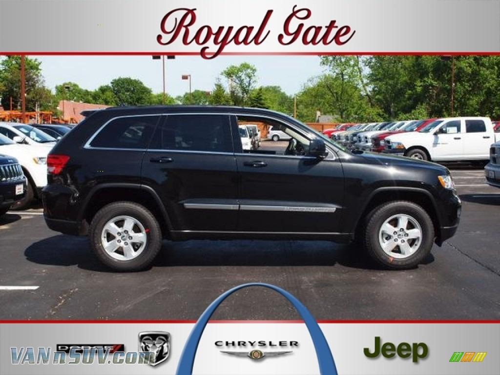 2012 Jeep Grand Cherokee Laredo 4x4 In Brilliant Black