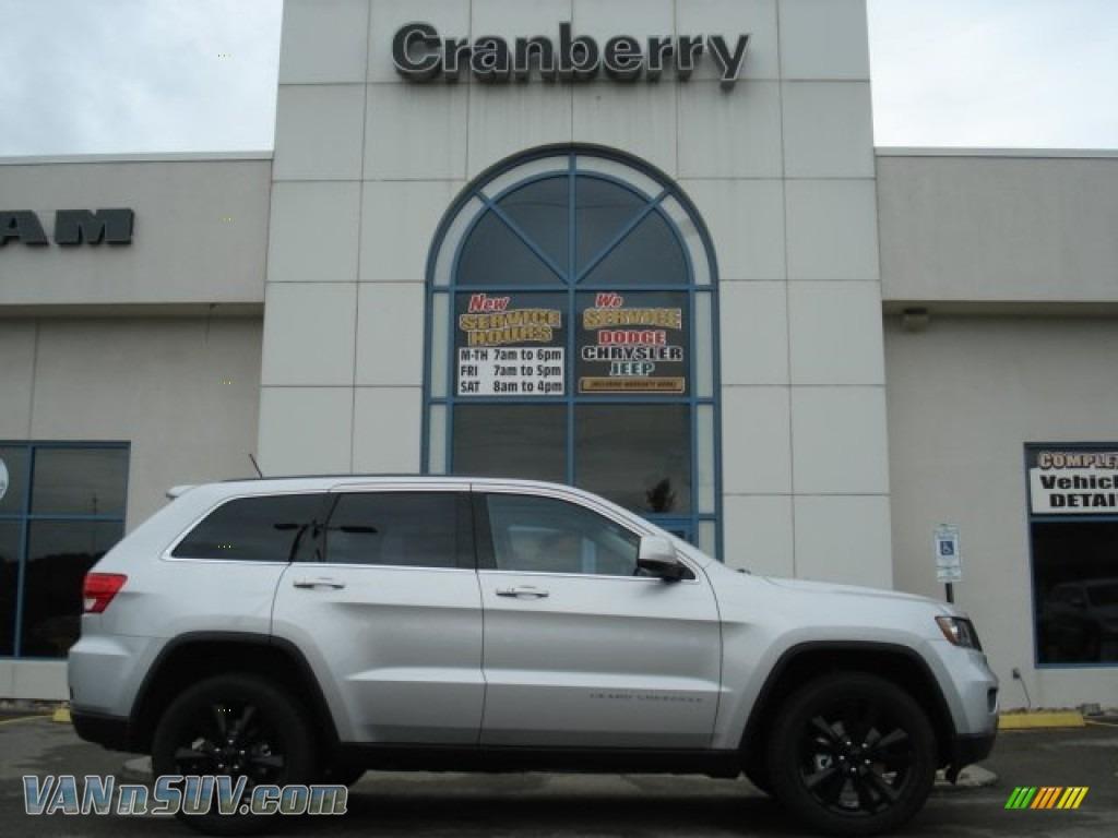 2012 Jeep Grand Cherokee Altitude 4x4 In Bright Silver