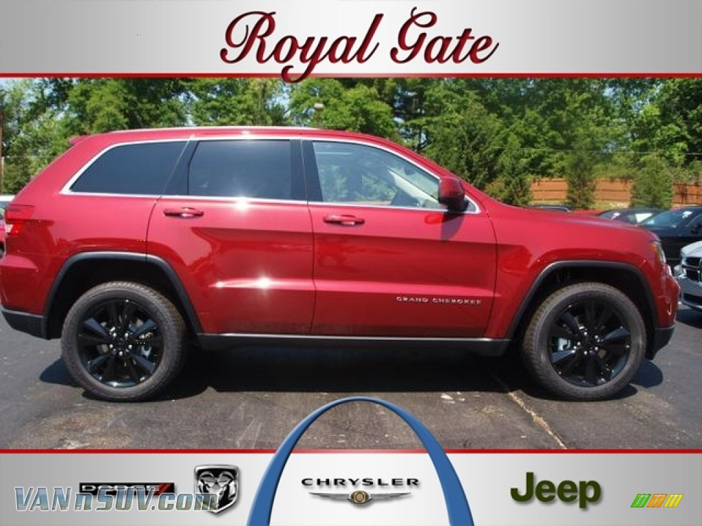 2012 Jeep Grand Cherokee Altitude 4x4 In Deep Cherry Red