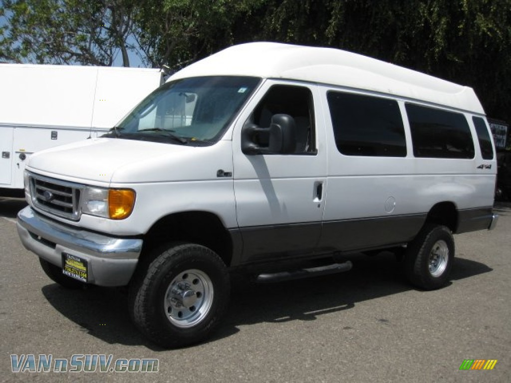 ford  series van  super duty xl wd  oxford white photo   vannsuvcom