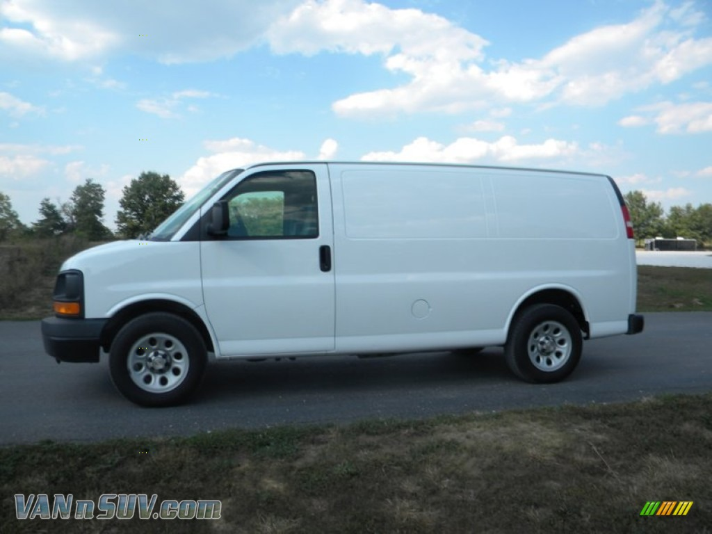 2009 chevrolet express 1500 cargo van in summit white 176560 vans and suvs for. Black Bedroom Furniture Sets. Home Design Ideas