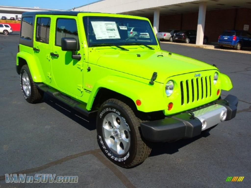 2013 Jeep Wrangler Unlimited Sahara 4x4 in Gecko Green Pearl photo