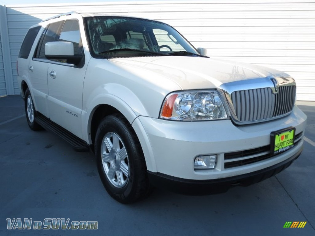 2006 lincoln navigator luxury in oxford white j14713. Black Bedroom Furniture Sets. Home Design Ideas