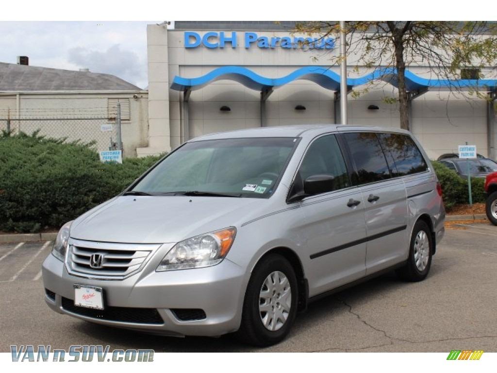 2010 honda odyssey lx in alabaster silver metallic for Honda dch paramus