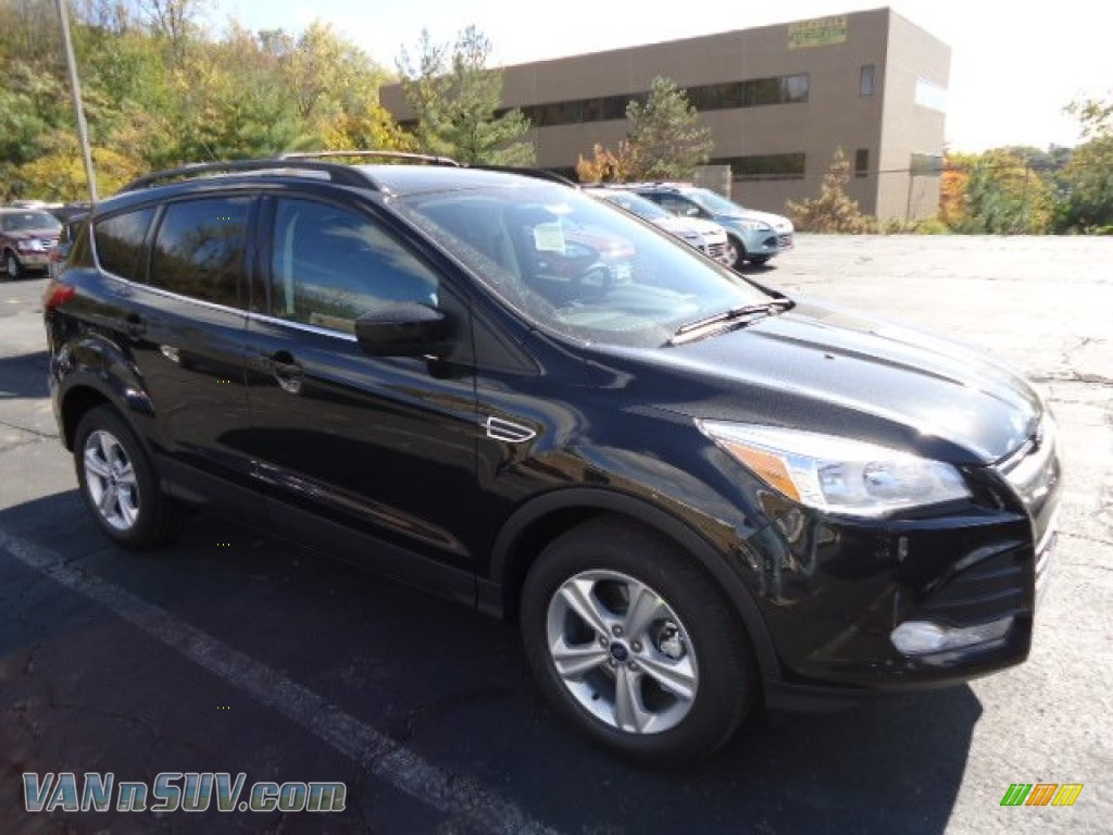 2013 ford escape se 1 6l ecoboost 4wd in tuxedo black metallic b29455 vans and. Black Bedroom Furniture Sets. Home Design Ideas