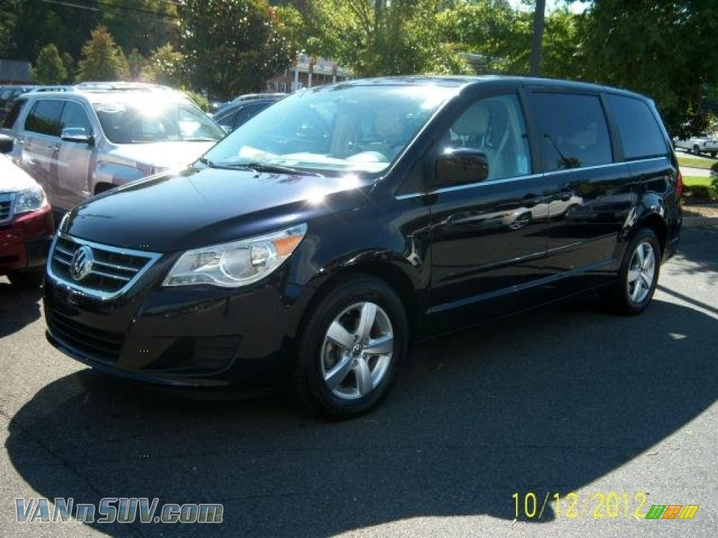 Brown Honda Charlottesville >> 2010 Volkswagen Routan SE in Tanzanite Blue Metallic ...