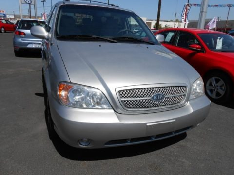 Diamond Silver Metallic 2005 Kia Sedona LX