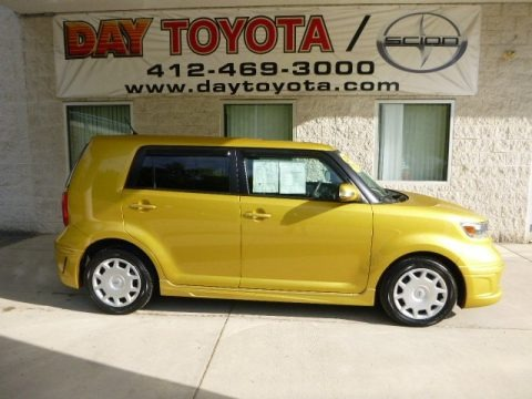 Gold Rush Mica 2008 Scion xB Release Series 5.0