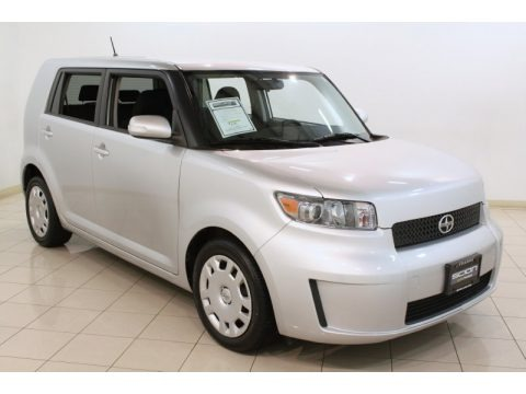 Classic Silver Metallic 2010 Scion xB 