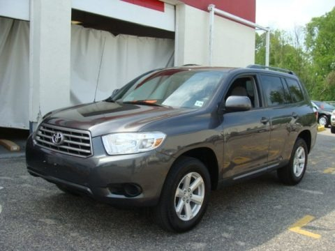 Magnetic Gray Metallic 2010 Toyota Highlander