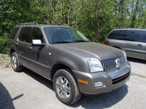 Mineral Grey Metallic 2006 Mercury Mountaineer Premier AWD
