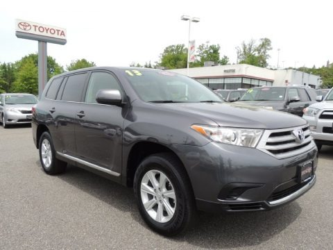 Magnetic Gray Metallic 2013 Toyota Highlander V6 4WD