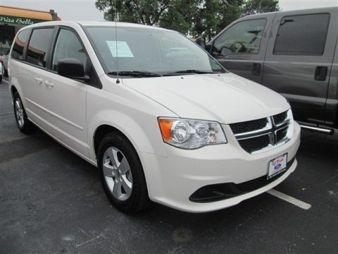 Stone White 2013 Dodge Grand Caravan SE