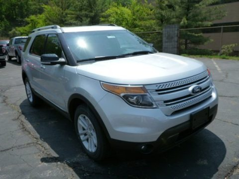 Ingot Silver Metallic 2013 Ford Explorer XLT 4WD