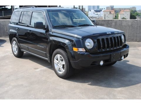 Blackberry Pearl 2011 Jeep Patriot Sport