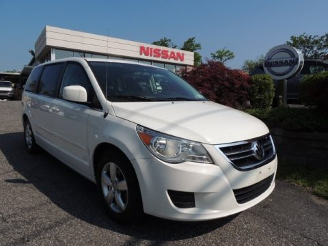 Calla Lilly White 2009 Volkswagen Routan SE