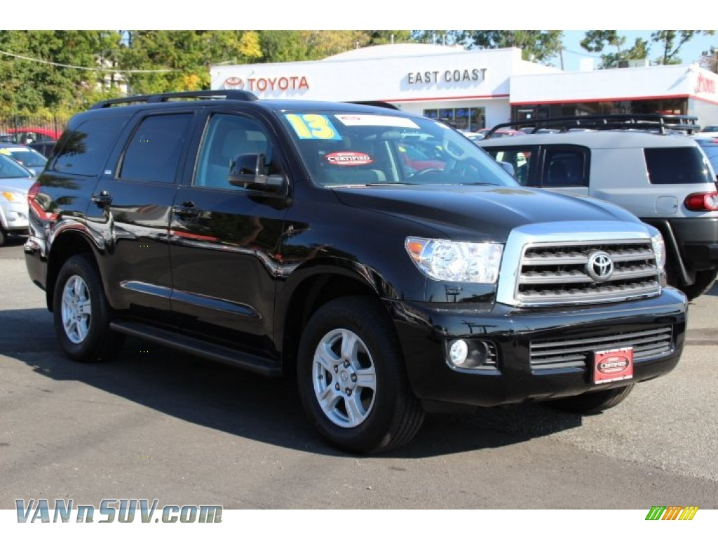 2013 toyota sequoia sr5 4wd in black 077566 vans and suvs for sale in the us. Black Bedroom Furniture Sets. Home Design Ideas