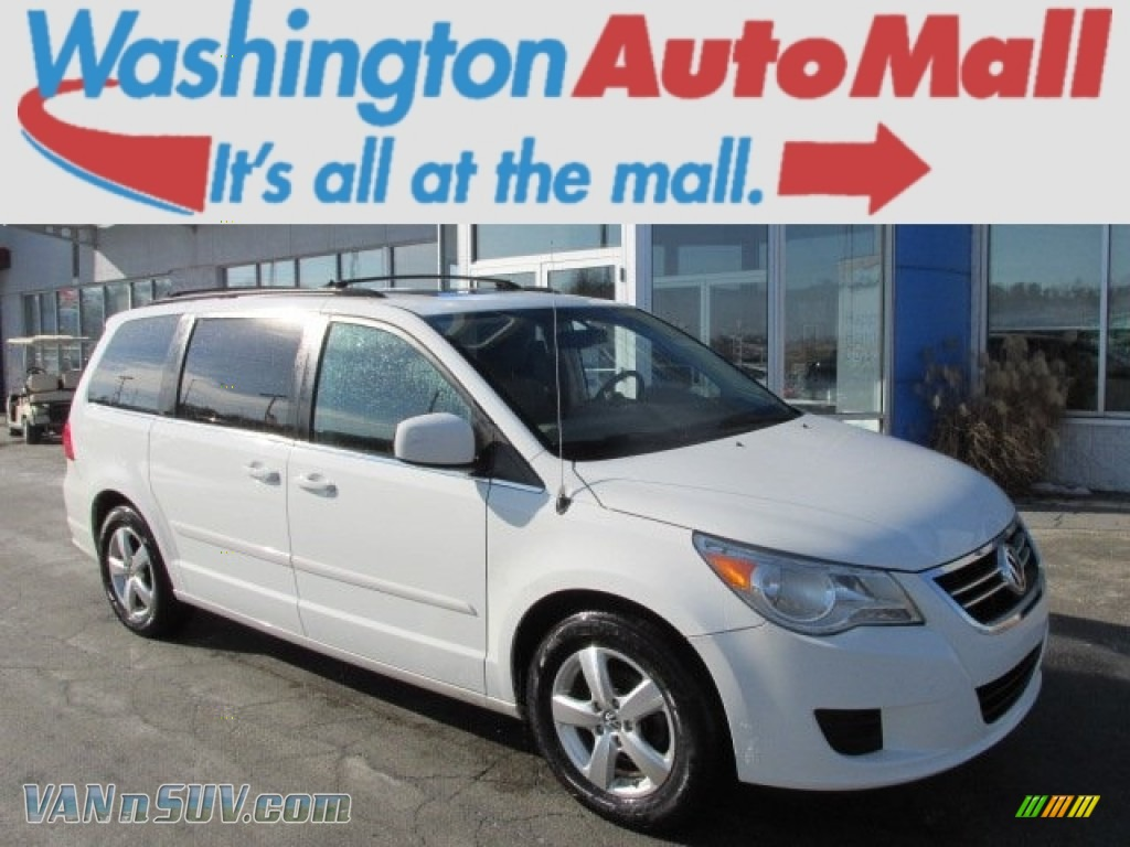 2009 volkswagen routan se in calla lilly white 552359. Black Bedroom Furniture Sets. Home Design Ideas