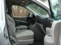 Hyundai Entourage GLS Stardust Silver photo #26
