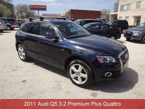 Deep Sea Blue Pearl Effect 2011 Audi Q5 3.2 quattro
