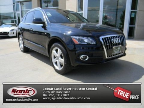 Brilliant Black 2011 Audi Q5 3.2 quattro